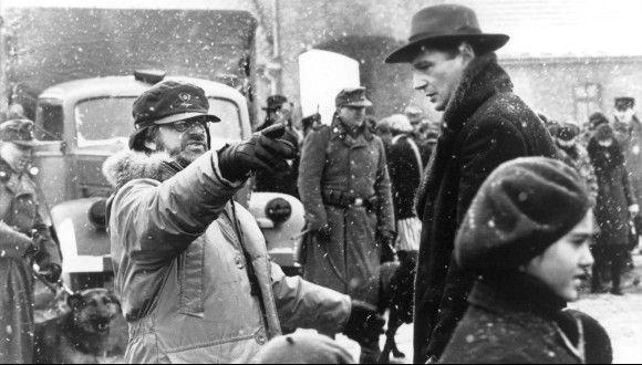 """Стивен Спилберг на съемочной площадке """"Список Шиндлера"""" (1993)"""